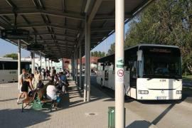 Változnak a felszállási és csomagkezelési szabályok a buszokon