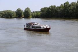 Gyereknapi hajótúra